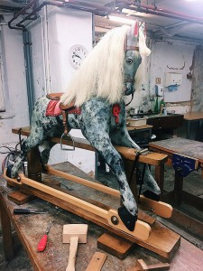 full length rocking horse for ebay main picture
